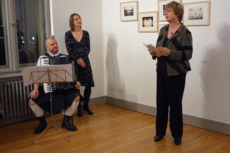 """Begrüßung zur Eröffnung der Ausstellung """"Vom Vergehen"""", Cerstin Richter-Kotowski"""